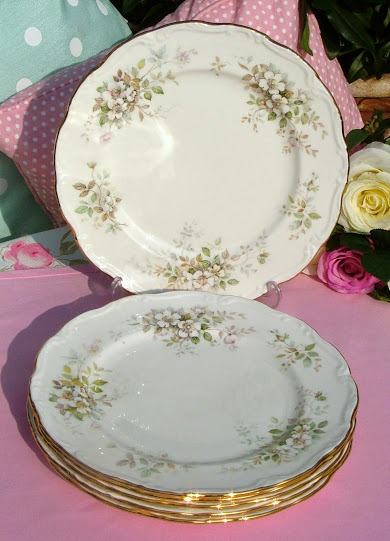 Royal Albert Haworth Set of Six Vintage Bone China Dinner 20.6cm Plates