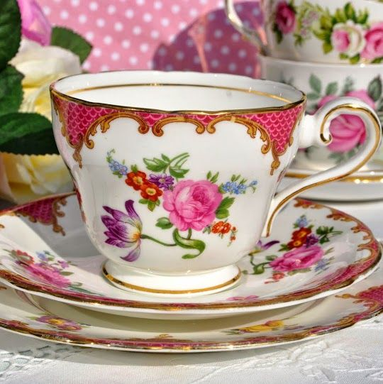 Aynsley Vintage Pink Floral English Breakfast Teacup, Saucer and Tea Plate