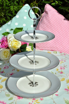 Royal Doulton Kingsmere H.4909 Grey and Platinum 3 Tier Cake Stand
