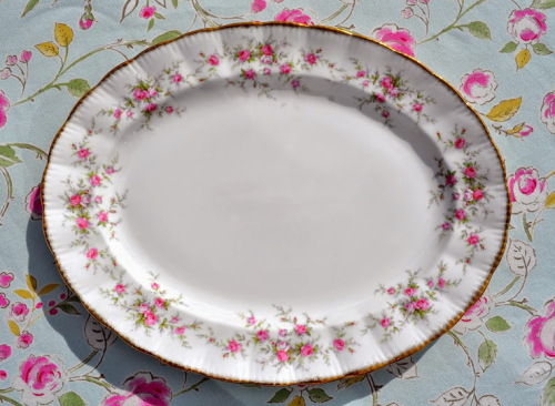 Paragon Victoriana Rose Fine Bone China Large Serving Platter