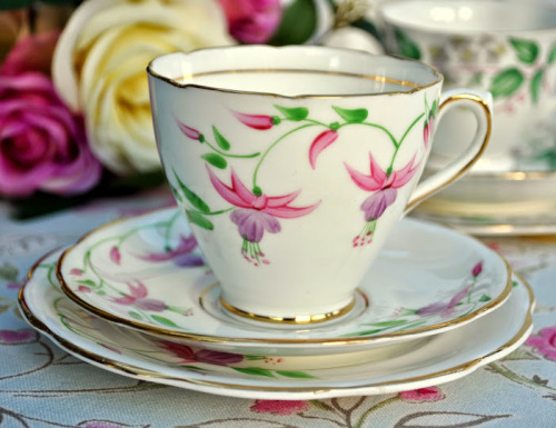 Phoenix China Hand Painted Pink Fuchsia Pattern Vintage Tea Trio Collectabl
