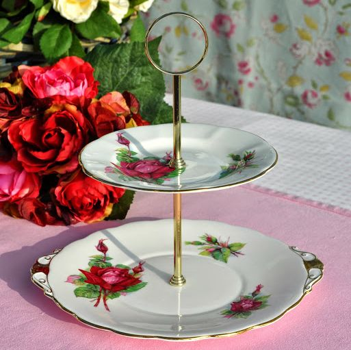 Roslyn World Famous Roses Grand Gala Vintage Two-Tiered Cake Stand