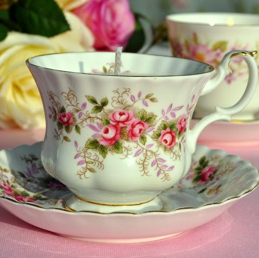 Royal Albert Lavender Rose Vintage Teacup Soy Wax Candle