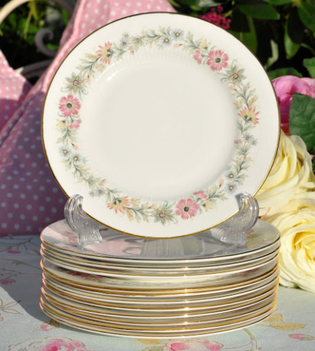 Paragon Belinda Pattern Vintage Bone China 16cm Tea Plates Plates x 6
