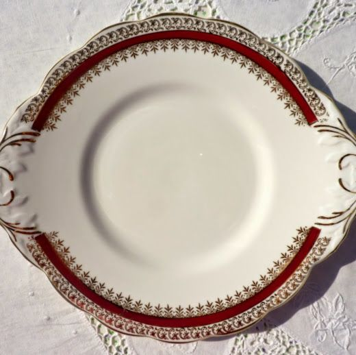 Salisbury Sarum Red and Gold Bone China Vintage Cake Plate