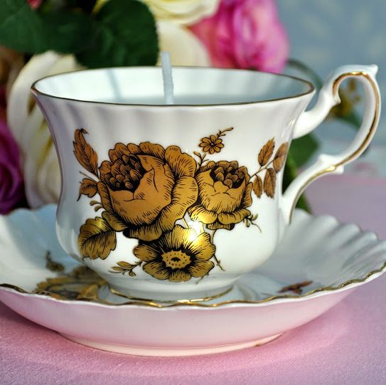 Royal Imperial Gold Roses Vintage China Teacup Candle