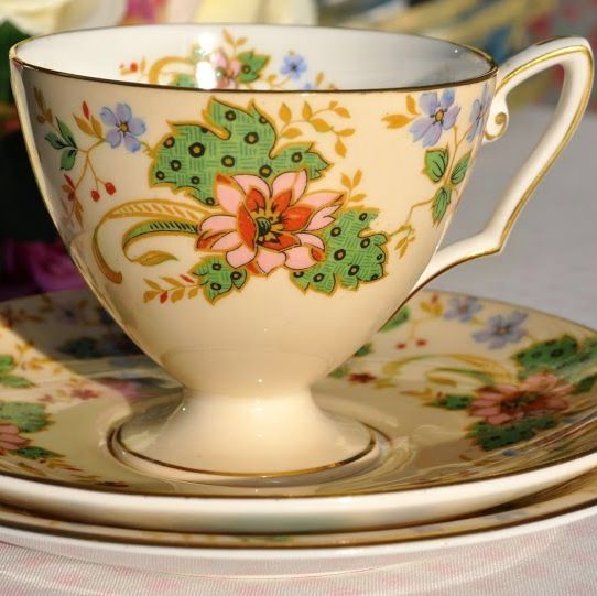 Royal Worcester Cream and Floral Vintage China Teacup Trio c.1937