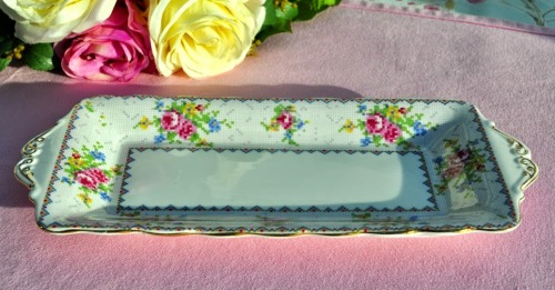 Royal Albert Petit Point Vintage Bone China Sandwich Tray Reg No.778676 c.1