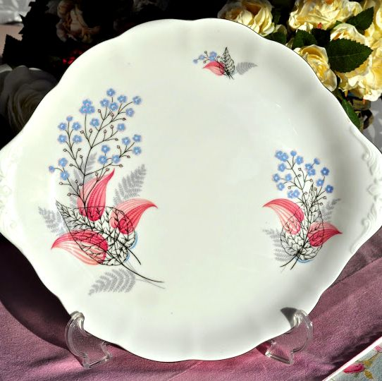 Royal Albert Fancy Free Vintage Bone China Earred Cake Serving Plate