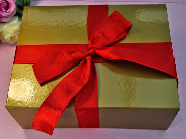 trio gold giftbox
