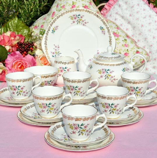 Royal Grafton Fine Bone China Tea Set with Teapot c.1950's