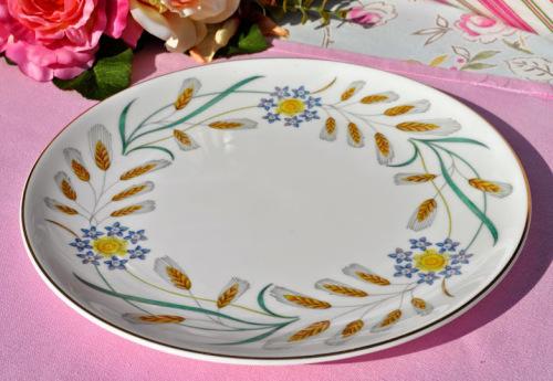 Wedgwood Wheatear W.4051 Vintage China Cake Plate