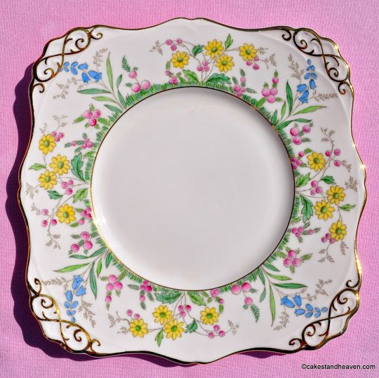 Tuscan Meadow Flowers 5507H Pink Fine China Vintage Cake Plate