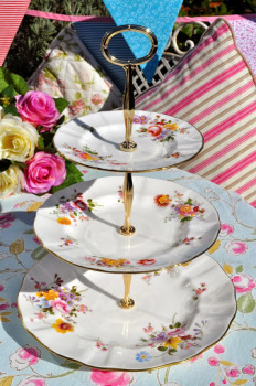 Royal Crown Derby Posies 3 Tier Vintage Fine China Cake Stand