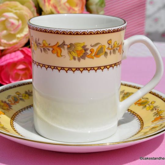 Elizabethan Garland Bone China Coffee Can and Saucer