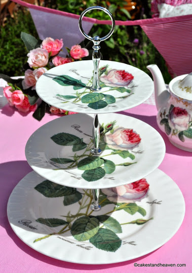 Redoute Rose Gift Boxed Fine Bone China Three-Tiered Cake Stand