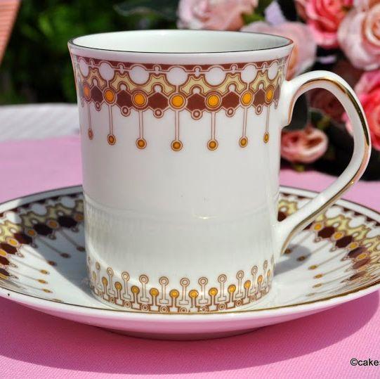Elizabethan Lace Retro Bone China Coffee Mug and Saucer
