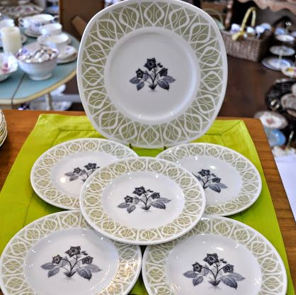 Tuscan Vintage China Retro Cake Plate and 5 Tea Plates Set c.1950's