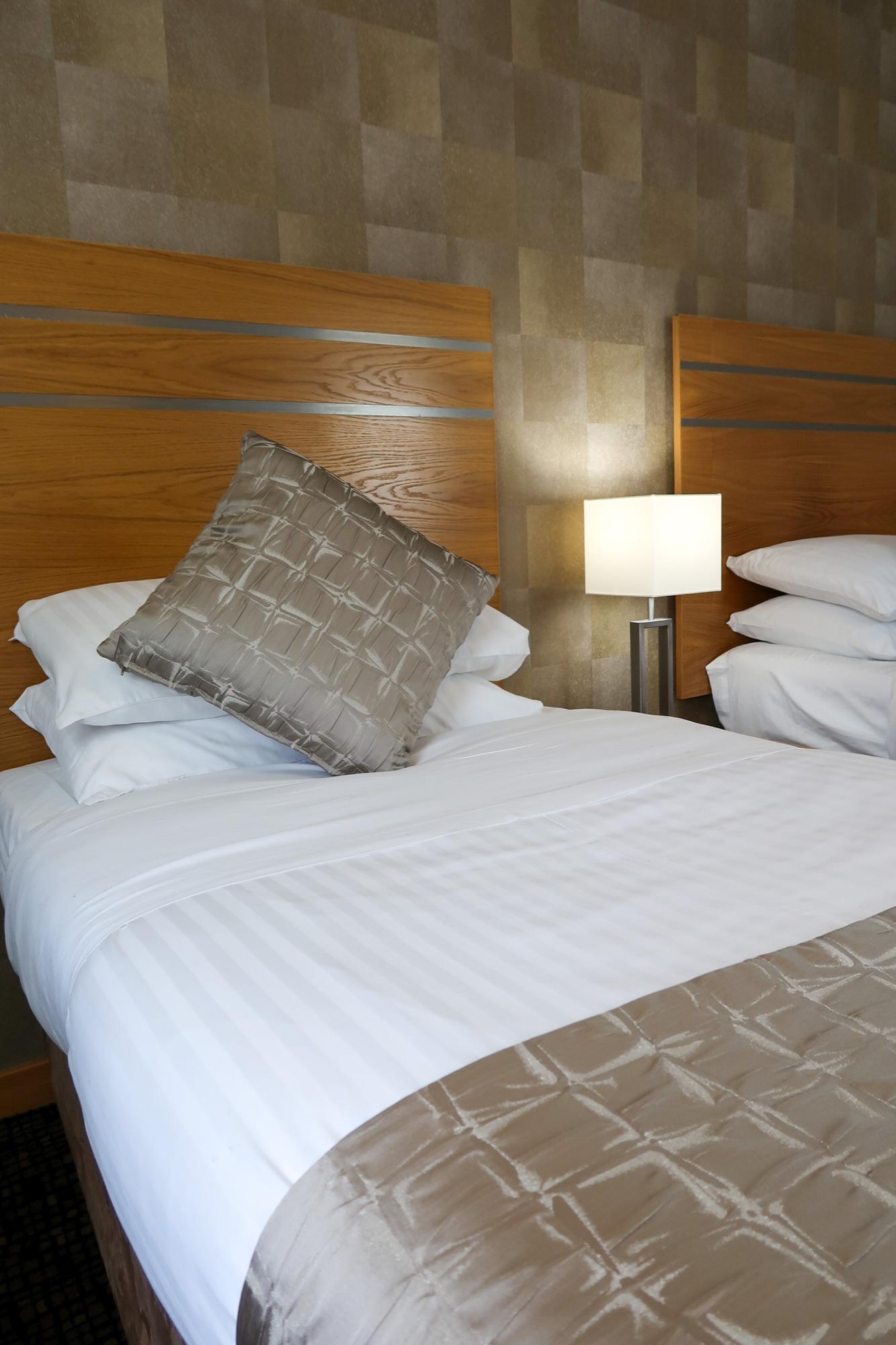 Bedroom twin beige
