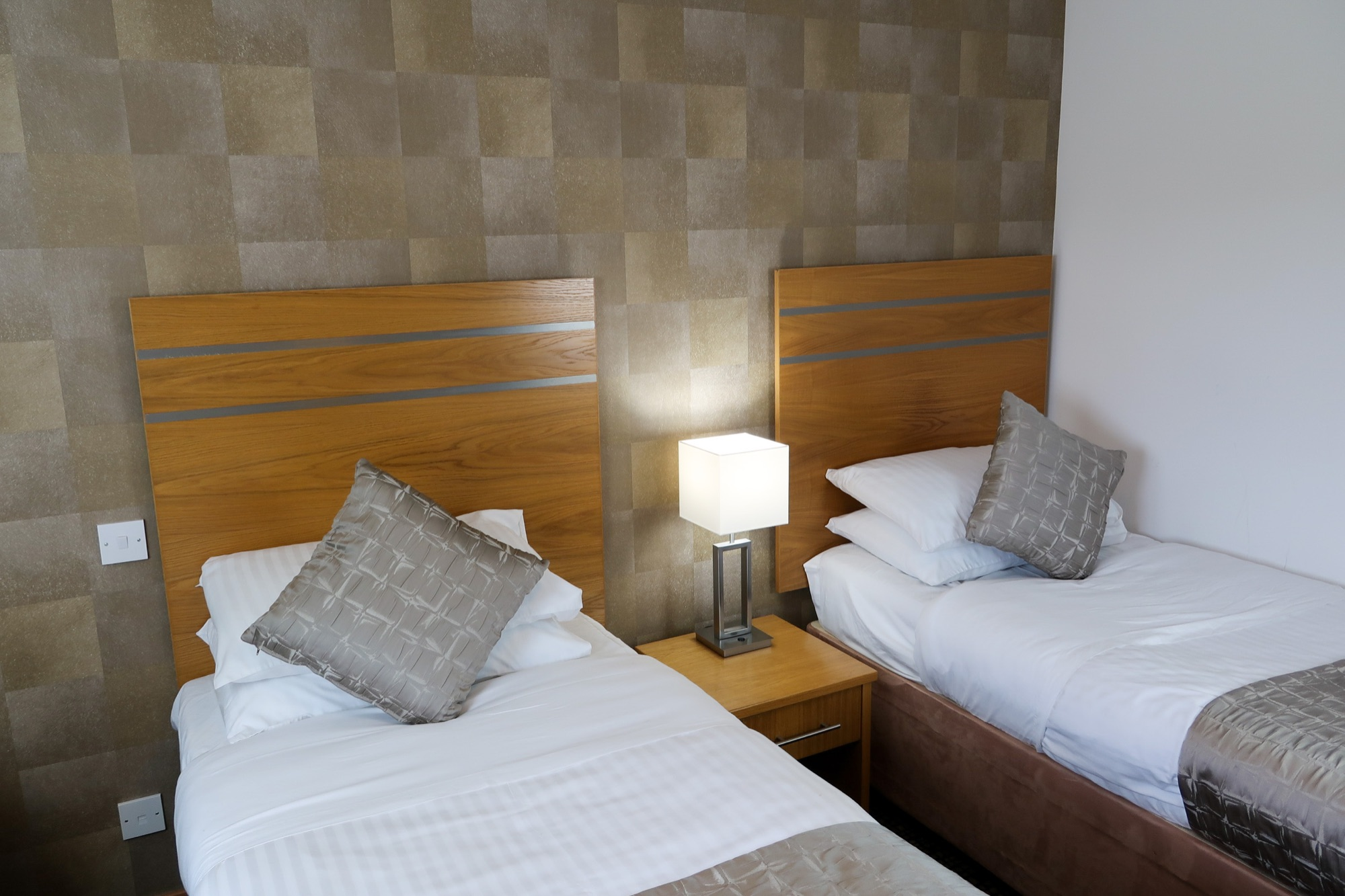 IMG_1681 bedroom 5 beige