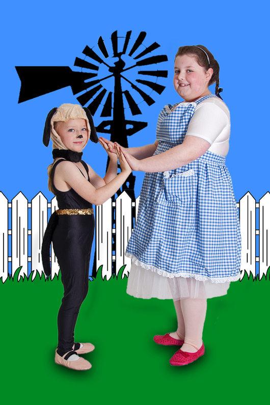 RRSg02. Dorothy & Toto