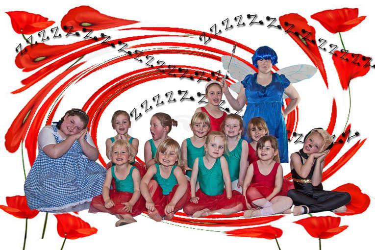 RRSg12. Poppy Dance