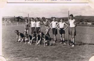 1951 Summer, BRow,1 Emily Turner,6 John SOS Hunter,? Boldman, FRow 1 A Peac