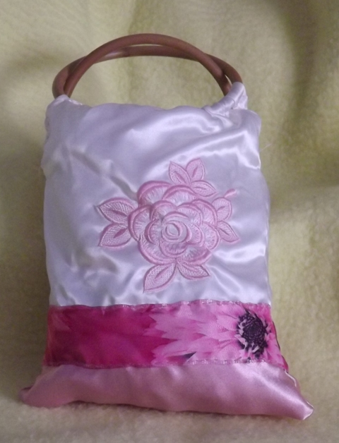 Satin embroidered bag/SEB