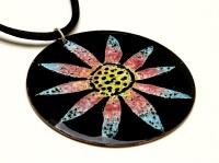 Circular Flower Pendant - Daisy