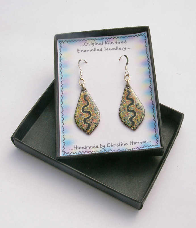 Petal Earrings P. Mixed (boxed)
