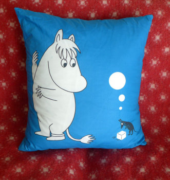 moomintroll-cushion-3