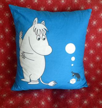 moomintroll-cushion-3