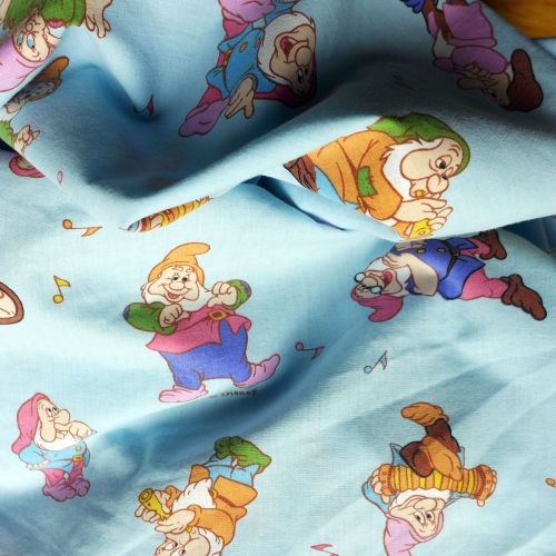 Vintage Snow White Cotton - 120cm wide