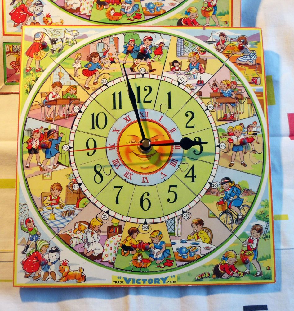 1960's Vintage Victory Wooden Jigsaw Clock - Medium Size