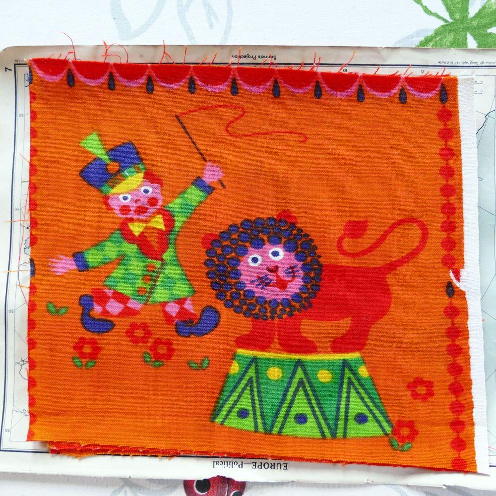 Dekoplus Circus Fabric - 20cm x 22cm