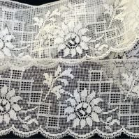Vintage 1950's Lace Trim - WPB - 69cm long