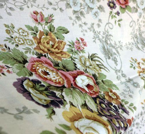 Vintage Sanderson Linen - Malwood - 120cm wide x 1 metre  - Pink