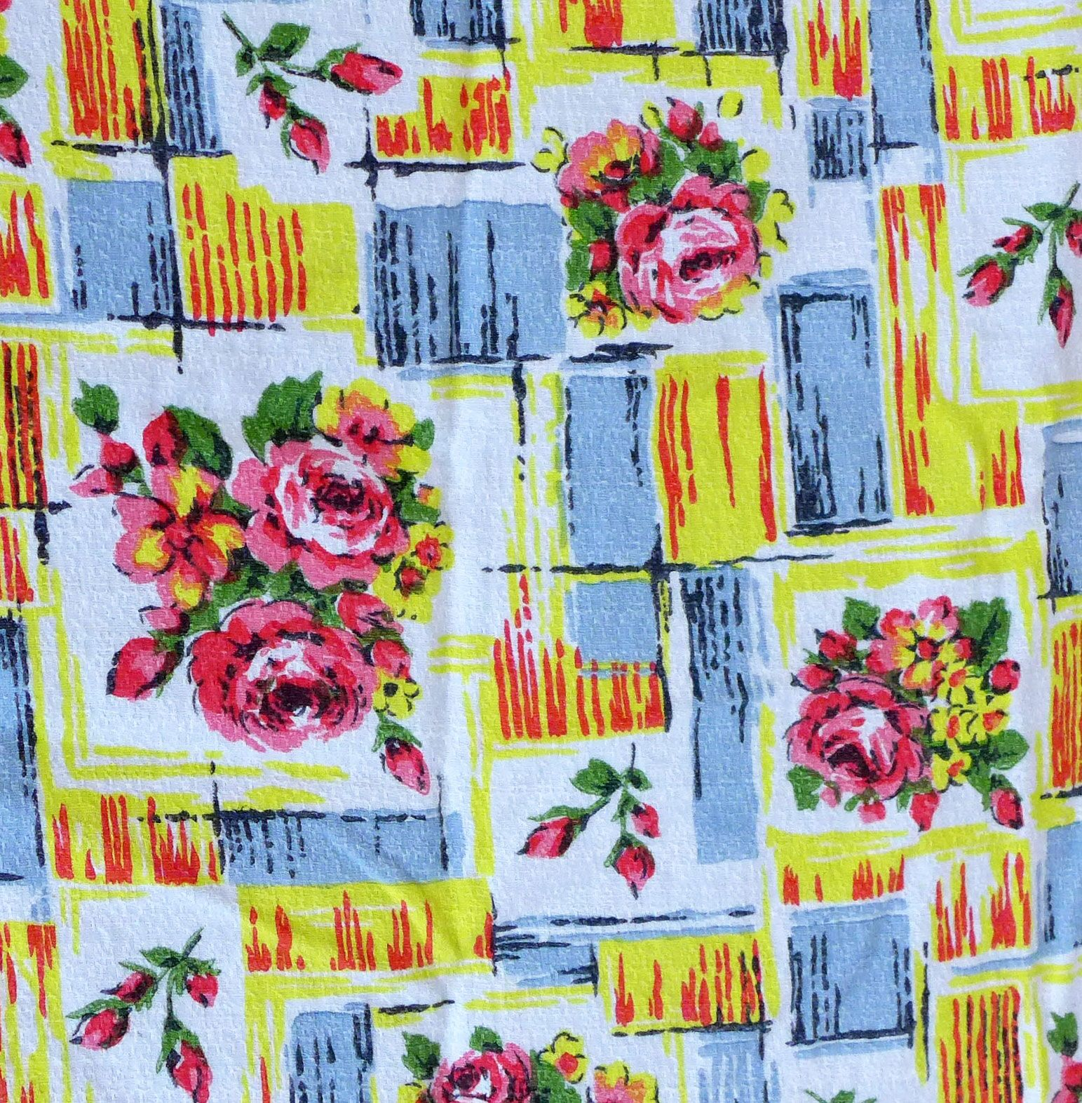 1960's Yellow and Pink Rose Barkcloth - 115cm wide