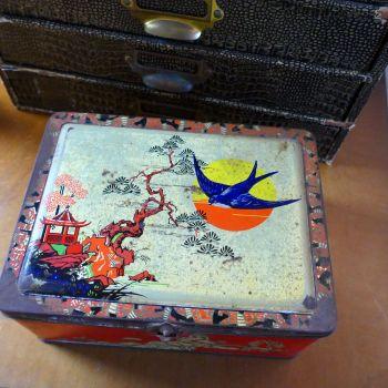 Vintage 1930's Blue Bird Tin
