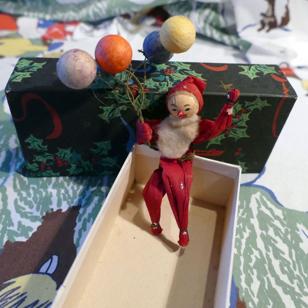 1930's Father Christmas Decoration - Balloons