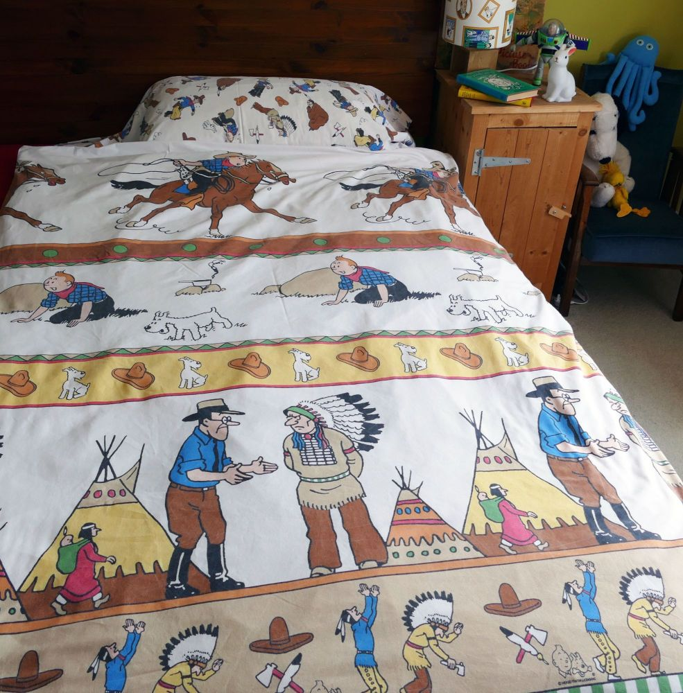 Vintage Tintin & Snowy Duvet Cover - Tintin in America - SINGLE Size
