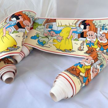Vintage Snow White Wallpaper Border - 4 metres