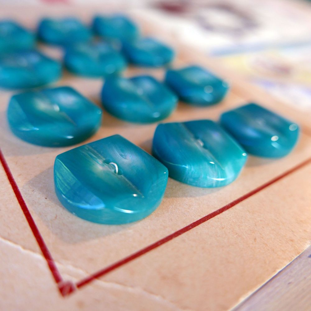12 Vintage French Buttons - Turquoise