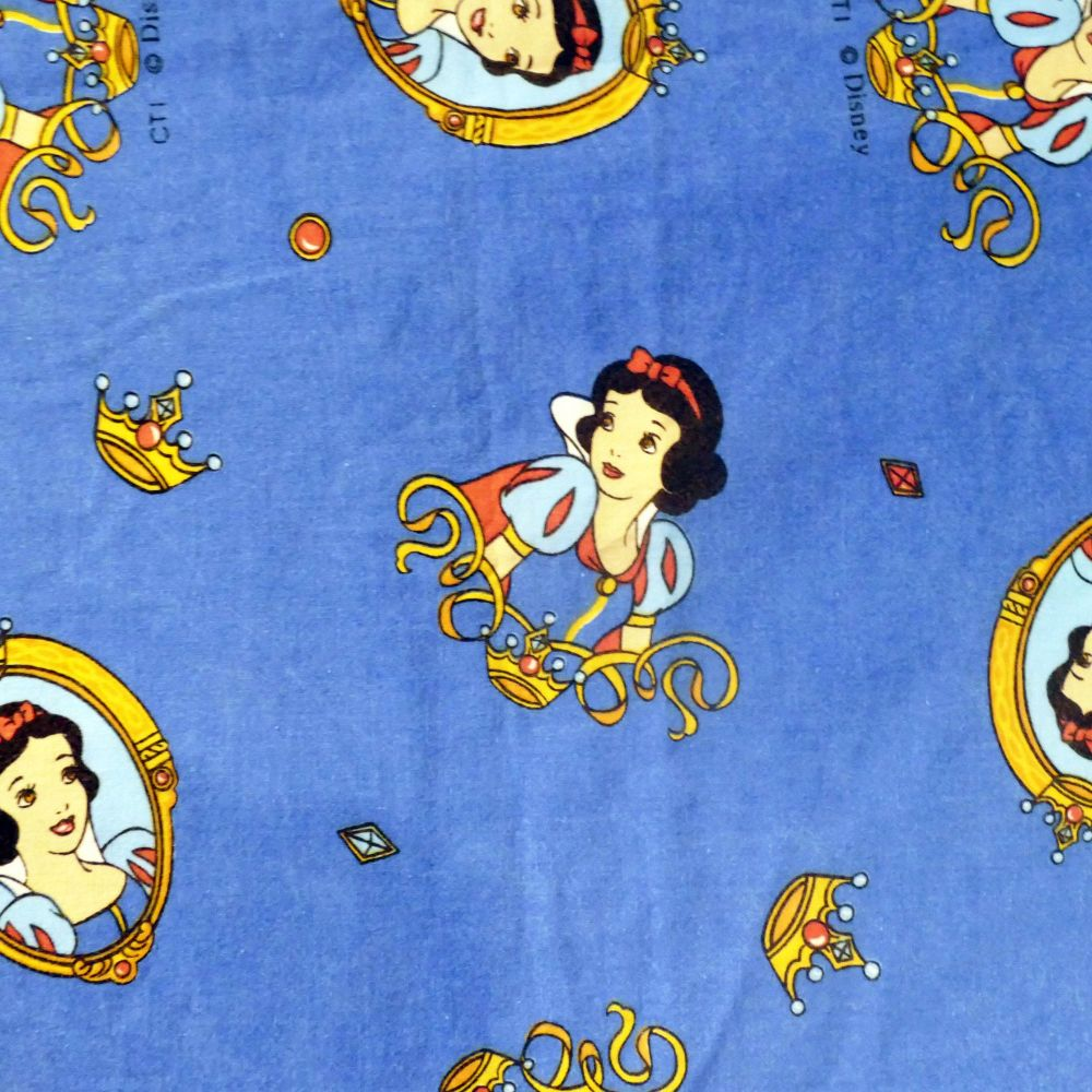 Snow White Cotton - Vintage Disney - 125cm wide