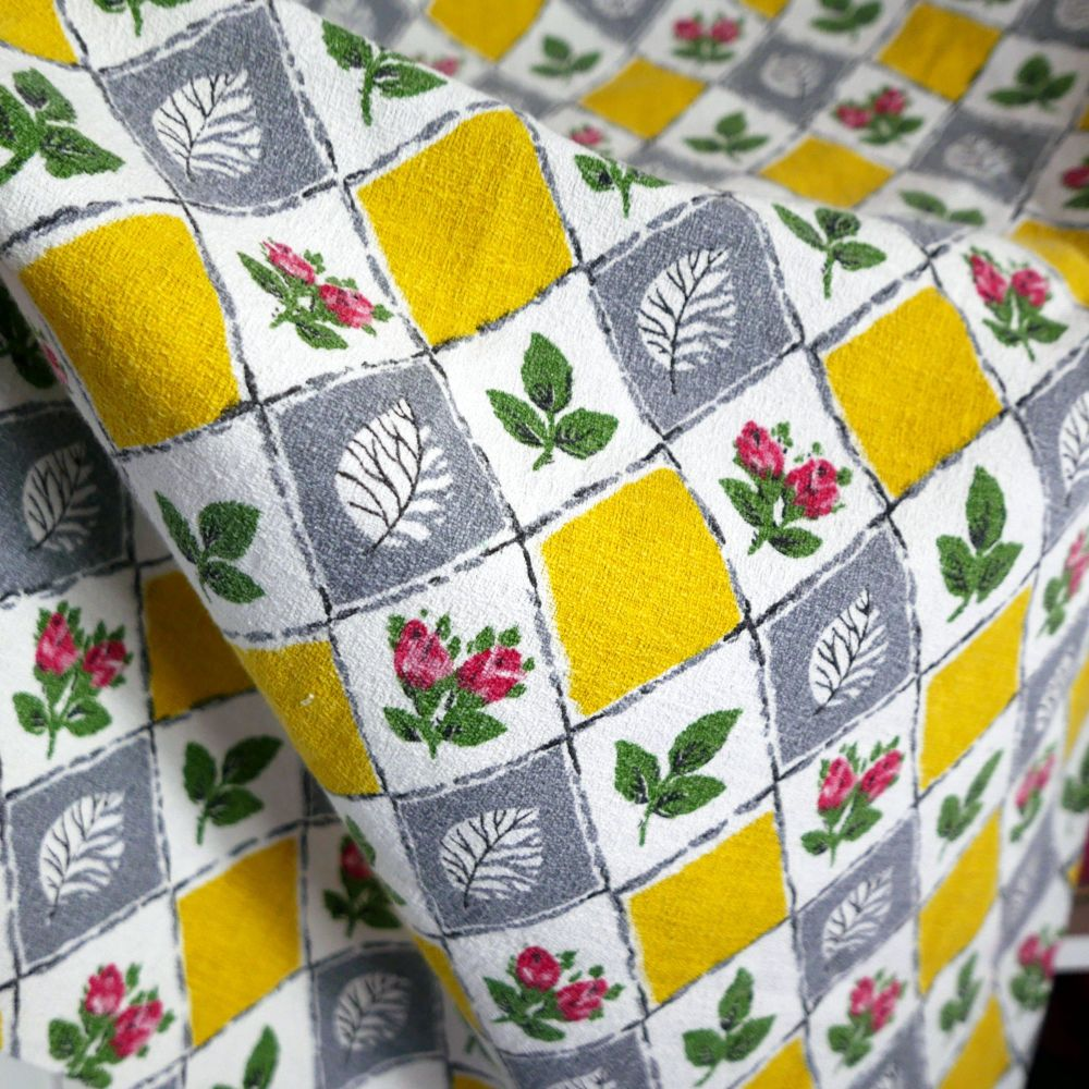 1960's Yellow & Grey Barkcloth - 80cm x 80cm