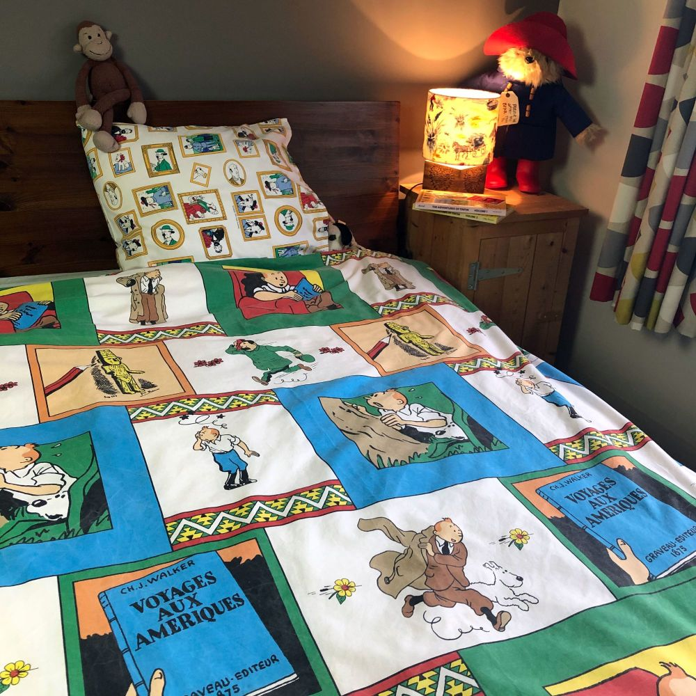 Vintage Tintin SINGLE Duvet Set  - The Broken Ear - Colours