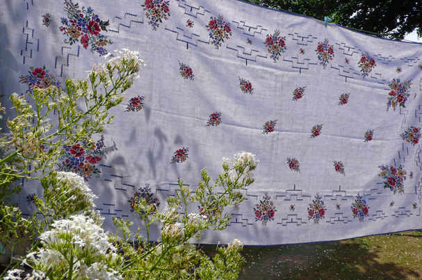 large-vintage-flower-cloth