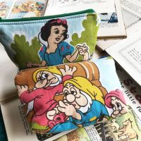Zip Top Pouch - Snow White - Handmade - Vintage Cotton