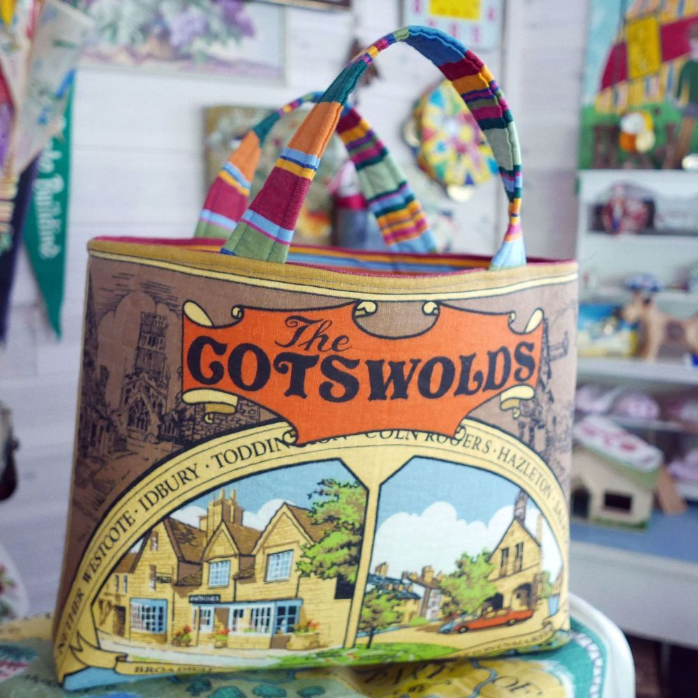 Structured Tote Bags - Cotswolds - Vintage Souvenir Bag
