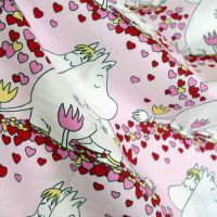 Moomins Cotton - Hearts - 110cm x 50cm